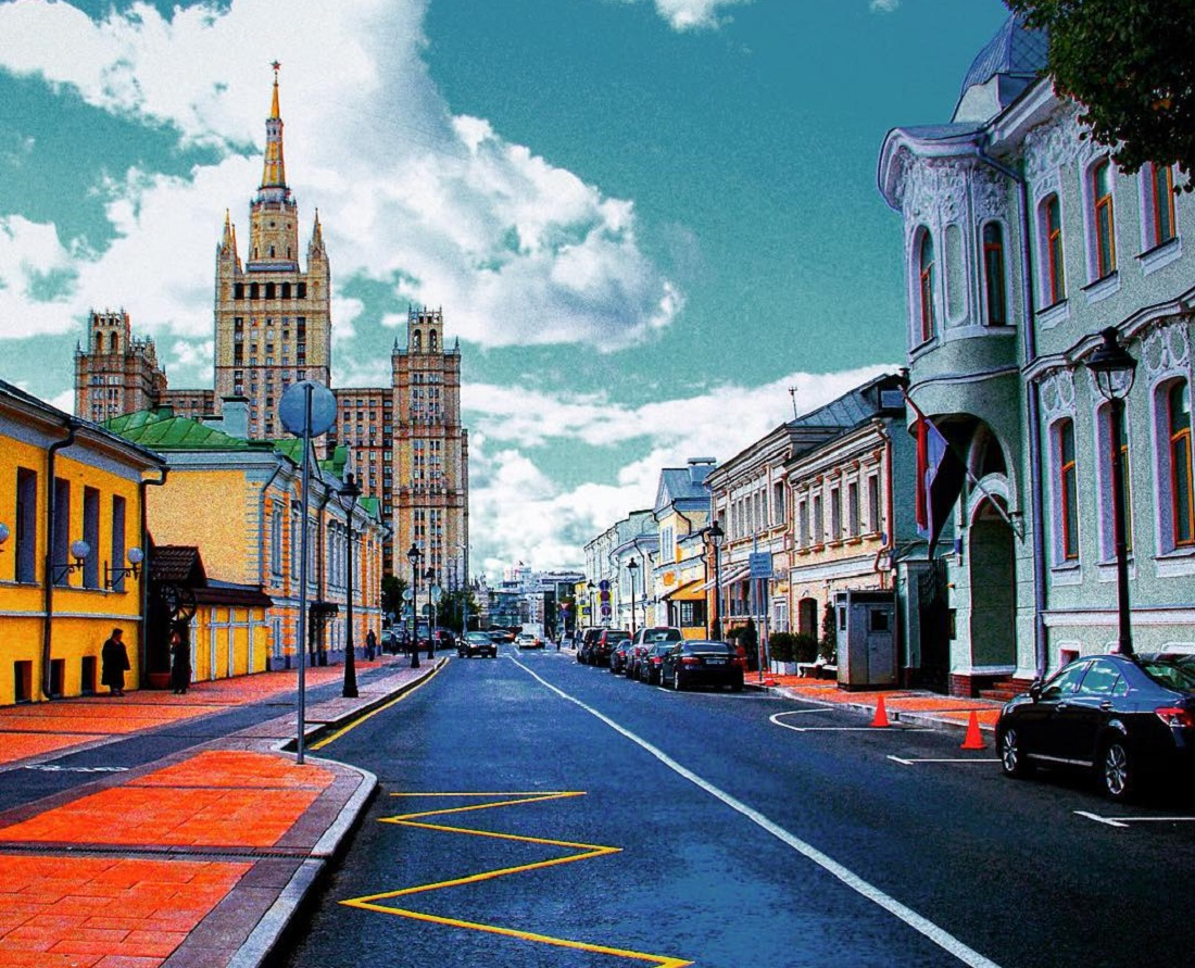 Reconstruction of five streets in the center of Moscow is finished