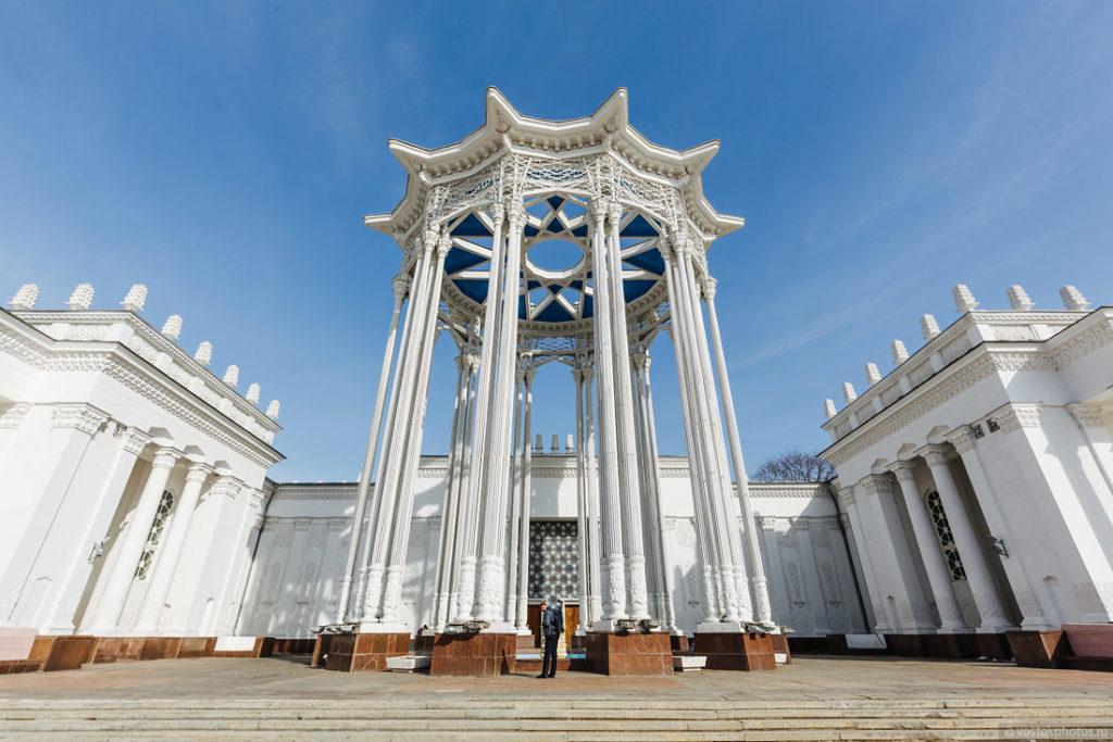 Rotonda near Uzbekistan Pavillon at VDNKh