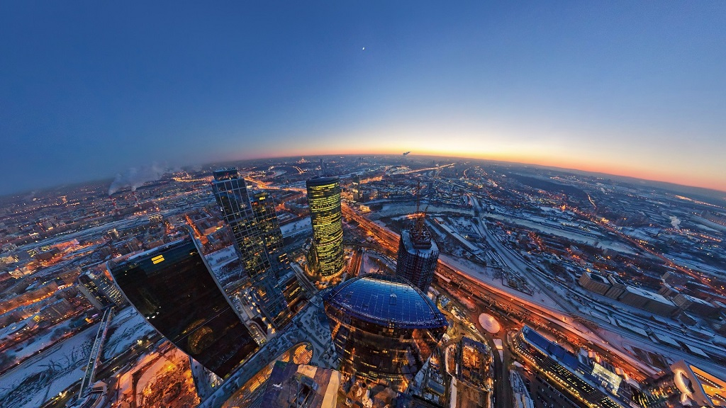 Enjoy Birds-Eye View of Moscow from the New Observation Deck