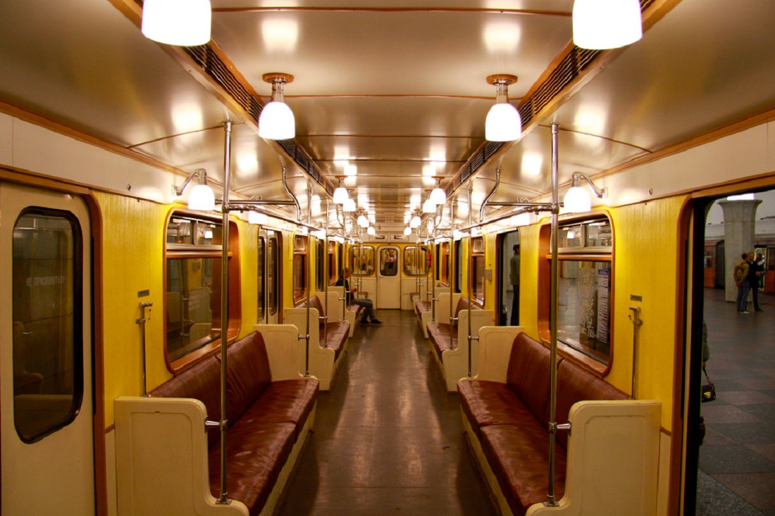 two day train parade will pass in the moscow metro. Black Bedroom Furniture Sets. Home Design Ideas